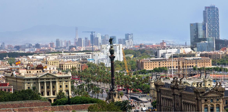 Vista panorámica del Mirador de Colón en la ciudad de Barcelona