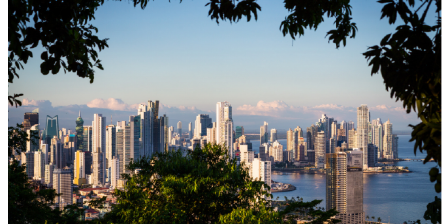 Con relación al artículo Algunas curiosidades de México y Centroamérica se presenta en este apartado al país centroaméricano Panamá.